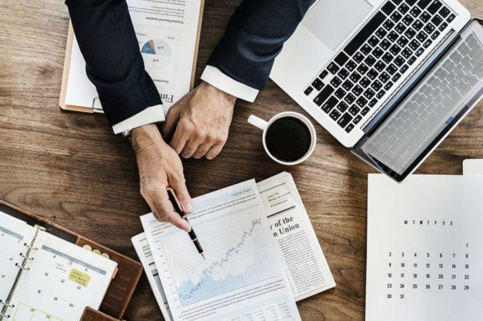 Inwestycje w FinTechy rosną w miliardy dolarów, rynek FinTech w 2018 roku wygenerował przychody o łącznej wartości aż 150 mld USD.