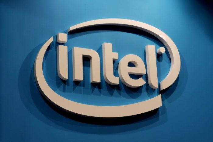 Intel potwierdza, że DarwinAI sprawia, że modele sieci neuronowej (aplikacje AI) są nie tylko mniejsze ale przede wszystkim bardziej wydajne - dzięki własnej sztucznej inteligencji.