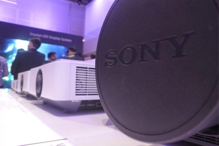 ISE 2020: Sony pokazało nowy projektor laserowy VPL - FHZ131L o jasności 13 000 lumenów i pełnym pokryciu palety sRGB.