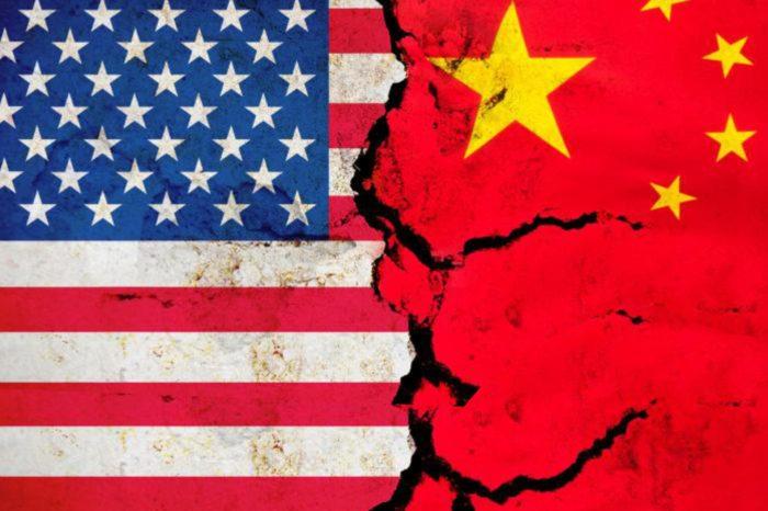 """Chiny oficjalnie zobowiązały się do podjęcia """"wszelkich niezbędnych środków"""", aby chronić swoje firmy po dalszych ograniczeniach nałożonych przez amerykański rząd na giganta telekomunikacyjnego firmę Huawei."""