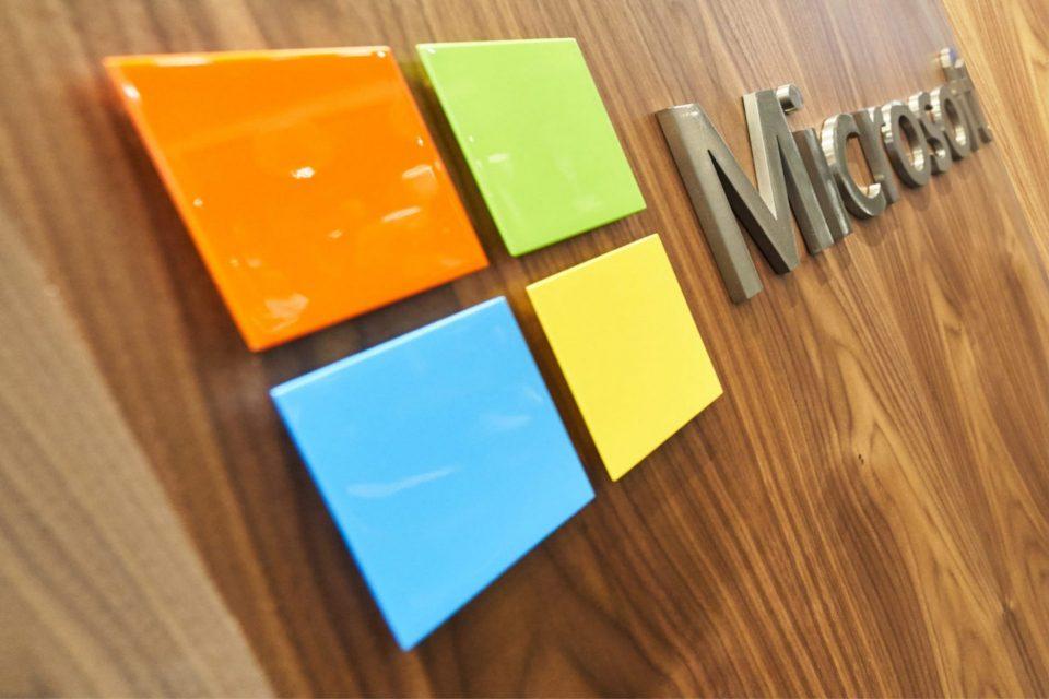 Microsoft coraz bliżej ujemnego śladu węglowego! Firma z sukcesem kontynuuje działania, które zostały zainicjowane ogłoszeniem jednego z najambitniejszych zobowiązań dotyczących emisji dwutlenku węgla.