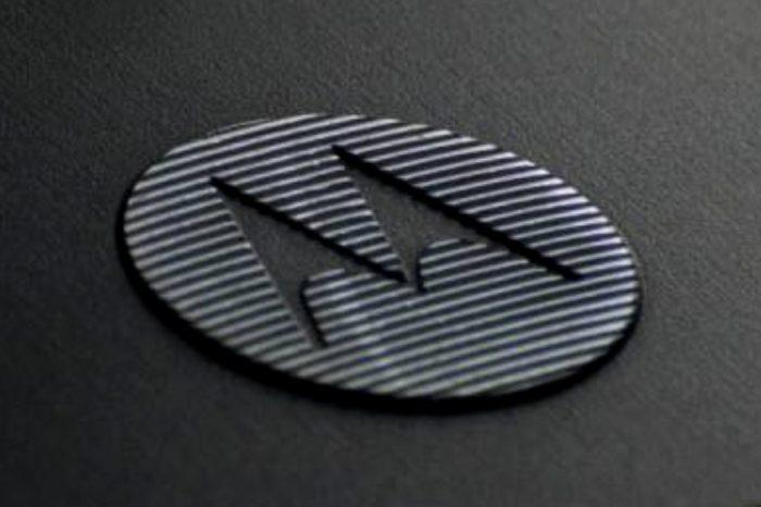 Motorola Edge+, prawdziwy flagowiec należącej do Lenovo marki, zadebiutuje 22 kwietnia. W środku ma znaleźć się Snapdragon 865 wraz z modemem 5G.