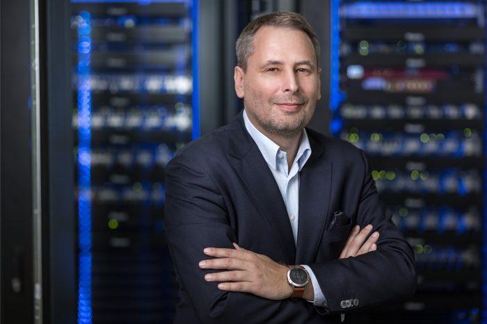 Equinix, globalny dostawca usług połączeń bezpośrednich i centrów danych, otworzył w Warszawie swoje trzecie centrum danych International Business Exchange (IBX), wartość inwestycji to ok. 34 mln USD.