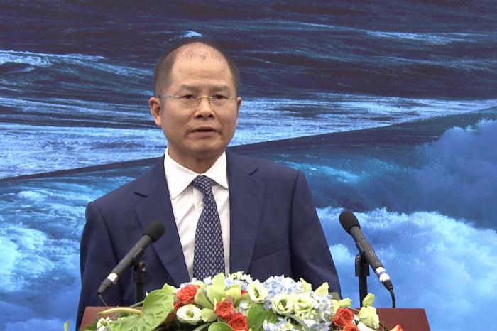 """""""Po opanowaniu epidemii w Chinach, trzej najwięksi chińscy operatorzy przyspieszyli we wdrażaniu 5G"""" - Eric Xu z Huawei mówi o wpływie pandemii na wdrożenia 5G i perspektywie przyszłości technologicznej."""