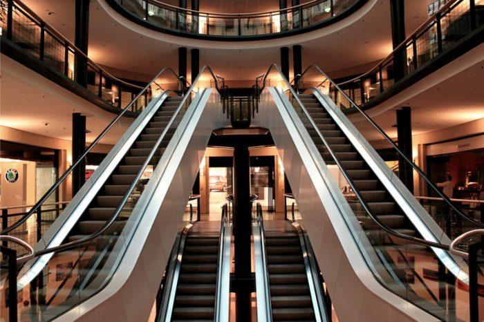 Centra handlowe chcą wypracować najlepsze protokoły bezpieczeństwa. Najważniejsze rekomendacje skierowane przez Polską Radę Centrów Handlowych w toku konsultacji z Ministerstwem Rozwoju.
