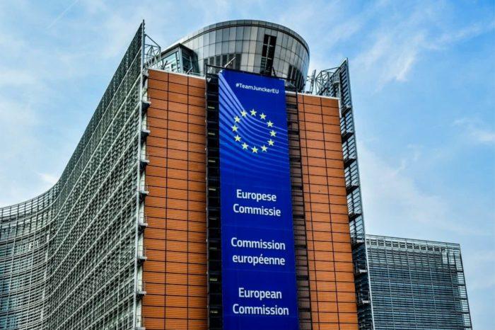 """Komisja Europejska określiła kierunki inwestycji w zakresie badań naukowych i innowacji, przyjęto pierwszy plan strategiczny dla programu """"Horyzont Europa"""" o wartości 95,5 mld euro."""