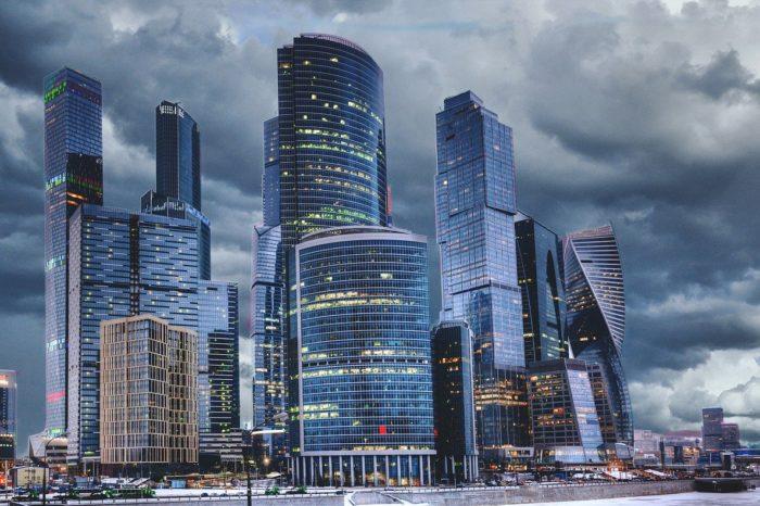 Dyrektorzy finansowi traktują inwestycje w transformację cyfrową jako priorytet. Wynika z raportu firmy Rimini Street, przeprowadzonego wśród ponad 1500 dyrektorów finansowych, w tym ponad 100 osób z Polski.