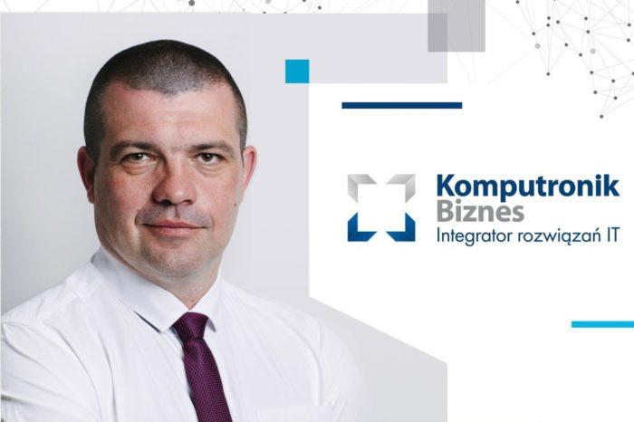 Pandemia spowodowała wstrzymanie większości małych i średnich inwestycji infrastrukturalnych. O nowych zasadach działania i obecnej sytuacji na rynku opowiada Jarosław Bańkowski, dyrektor sprzedaży Komputronik Biznes.