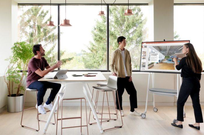 Aż 64 proc. Polaków chce pracować zdalnie. Jak zintegrować zespół w jednym Hubie? Odpowiedzią Microsoft na te wyzwania jeststworzenie zintegrowanego środowiska pracy wokół Surface Hub.
