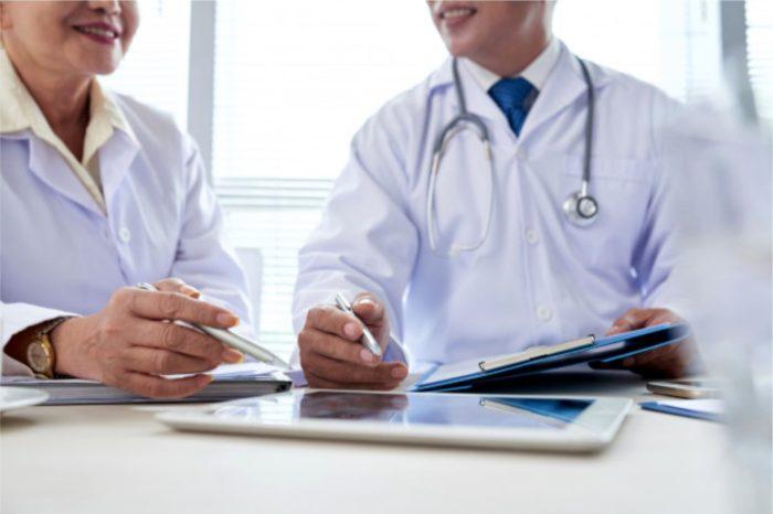 System ochrony zdrowia w Polsce rozwija się pod kątem technologicznym, niemniej pandemia mocno zweryfikowała możliwości krajowej służby zdrowia. Eksperci są jednak zgodni, głęboka cyfryzacja sposobem na uzdrowienie służby zdrowia.