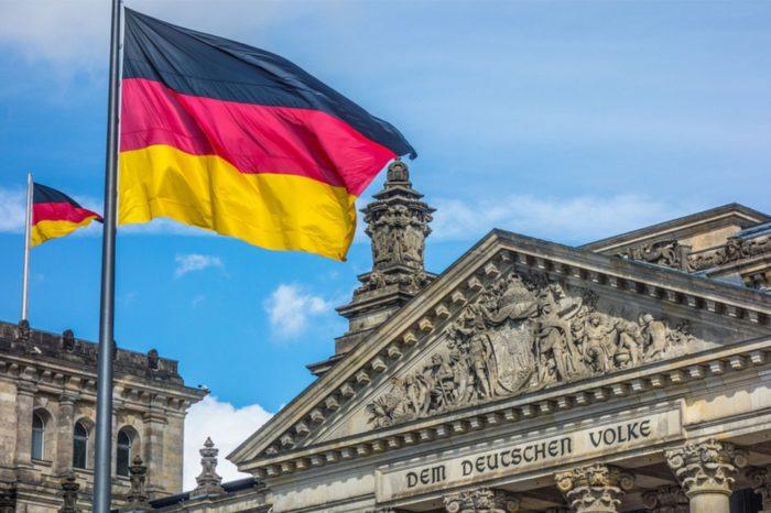 Niemiecki rząd planuje ściślejszy nadzór nad dostawcami sieci telekomunikacyjnych - ale w żadnym razie nie mierzy w konkretne firmy.