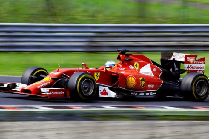 Kaspersky obchodzi 10 rocznicę strategicznego partnerstwa z Ferrari, będącnie tylko sponsorem zespołu Formuły 1 - Scuderia Ferrari, ale również partnerem technologicznym, oferując światowej klasy ochronę infrastruktury informatycznej.