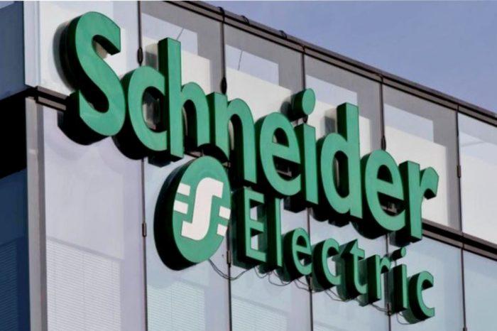 """Schneider Electric wyróżniony tytułem """"Vendor Champion"""" w uznaniu dla najlepszego dostawcy przez Canalys Channel Leadership Matrix EMEA 2020."""