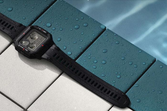 Huami Amazfit Neo - nowy, nowoczesny smartwatch w formie zegarka rodem z lat 80. Wśród funkcji urządzenia stale włączony ekran i monitorowanie pracy serca.