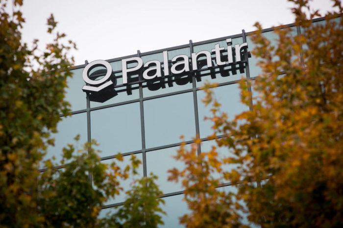 """CEO Palantir, Alex Karp, gorzko o branży IT i Dolinie Krzemowej: """"mogą wiedzieć wiele o oprogramowaniu, ale nie wiedzą jak powinno być zorganizowane społeczeństwo""""."""