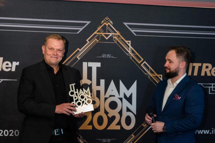 IT Champions 2020 - sylwetki laureatów. Veeam z nagrodą w kategorii Backup. Bo, jak wiadomo, ludzie dzielą się na tych co robią kopie zapasowe...