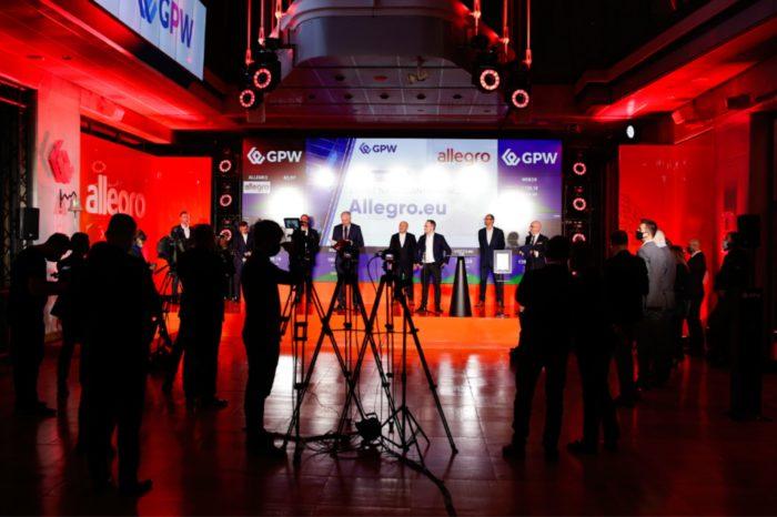 Grupa Allegro przeprowadziła transakcję refinansowania, w wyniku stan zadłużenia wobec kredytobiorców spadł o 651,7 mln zł do 5 500 mln zł.