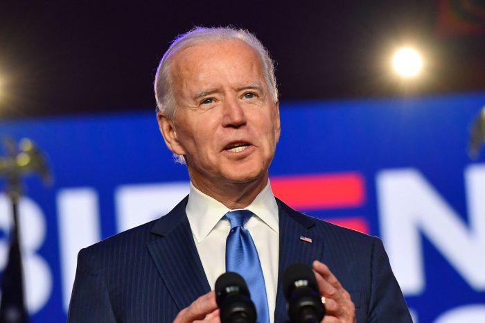 Ekologiczna zmiana w USA - prezydent Joe Biden obiecuje przejście rządowej floty samochodowej na modele elektryczne.
