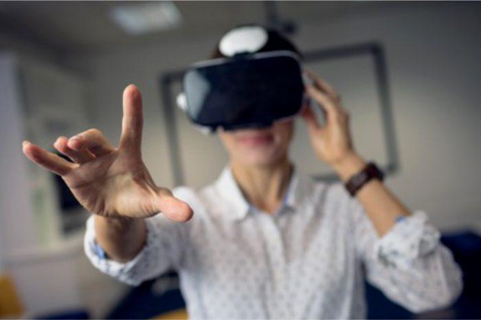 Surfland Systemy Komputerowe S.A. łączy się z VR Factory Games, po połączeniu Spółka zmieni nazwę na VR Factory Games S.A.