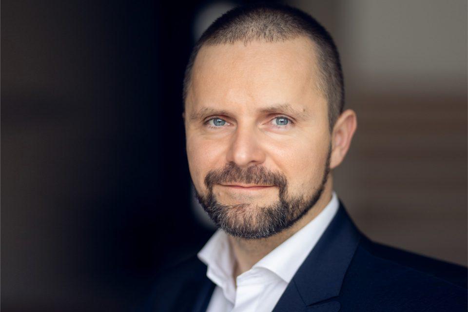 Stanisław Pieczara wzmacnia siły sprzedażowe Ricoh Polska, obejmie nowo utworzone stanowisko Dyrektora Sprzedaży połączonych działów handlowych.