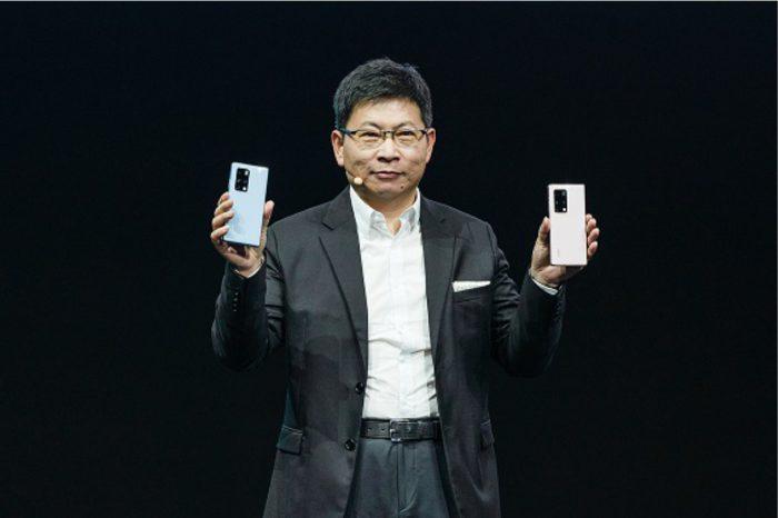 Huawei zaprezentował swój najnowszy składany smartfon Huawei Mate X2 z dwoma ekranami, wyposażony w najpotężniejszy procesor marki – Kirin 9000, obsługujący sieć 5G.