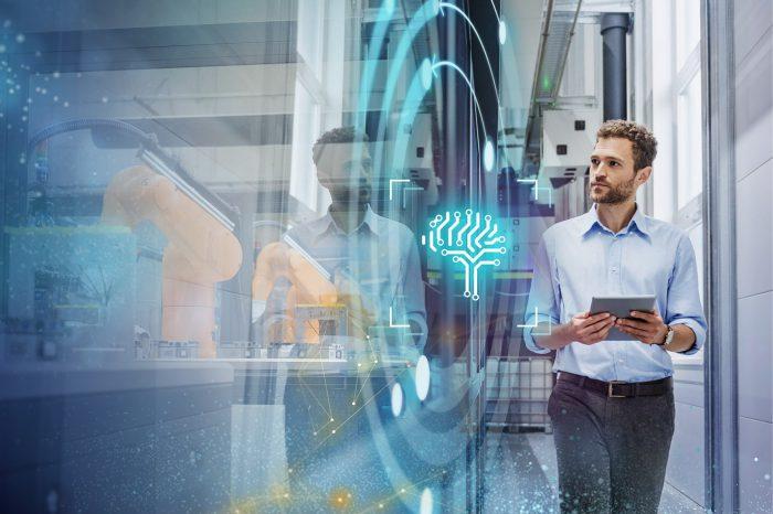 """Jeszcze w tej dekadzie produkcją w fabrykach będzie zarządzać sztuczna inteligencja (SI). Tak przynajmniej uważa ponad połowa liderów sektora produkcyjnego, biorących udział w badaniu firmy Siemens """"Next-Gen Industrial AI"""""""