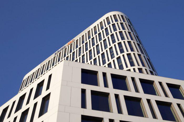 """ING liderem w finansowaniu wdrożeń nowych technologii. ING Bank Śląski został liderem wśród banków pod względem udziału w dystrybucji środków unijnych w ramach inicjatywy """"Kredyt na innowacje technologiczne"""""""