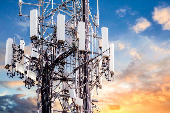 """""""Im bardziej wydajne są zasoby, tym więcej ich zużywamy."""" Rozwój 5G a paradoks Jevonsa, czyli co wspólnego mają zużycie węgla i nowy standard telekomunikacyjny."""