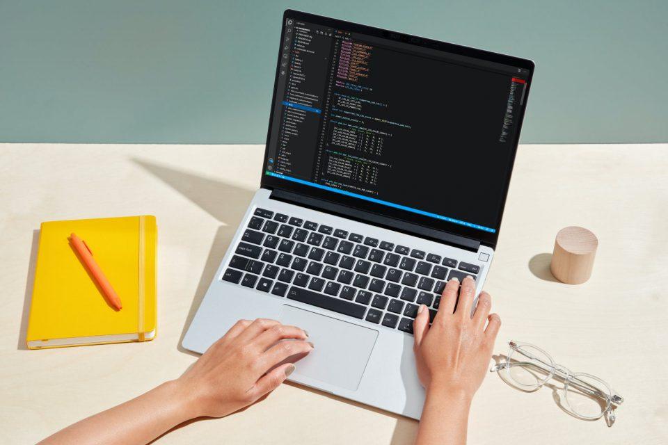 Laptop do samodzielnego złożenia? Możliwy do naprawy? Framework to interesująca alternatywa wobec trendu głębokiej integracji komponentów.