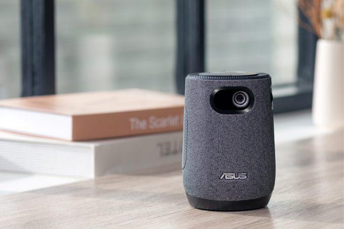 ASUS potwierdza, mobilny projektor LED ASUS ZenBeam Latte 1, jeden z najpopularniejszych produktów zaprezentowanych na targach CES 2021, już wkrótce dostępny w sklepach!