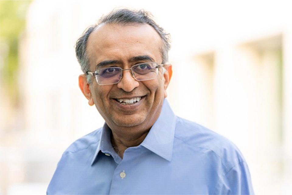 VMware ma nowego CEO!Raghu Raghuram został mianowany na stanowisko CEO i Członka Zarządu firmy VMware. Ogłoszono też zmiany na innych, ważnych stanowiskach.