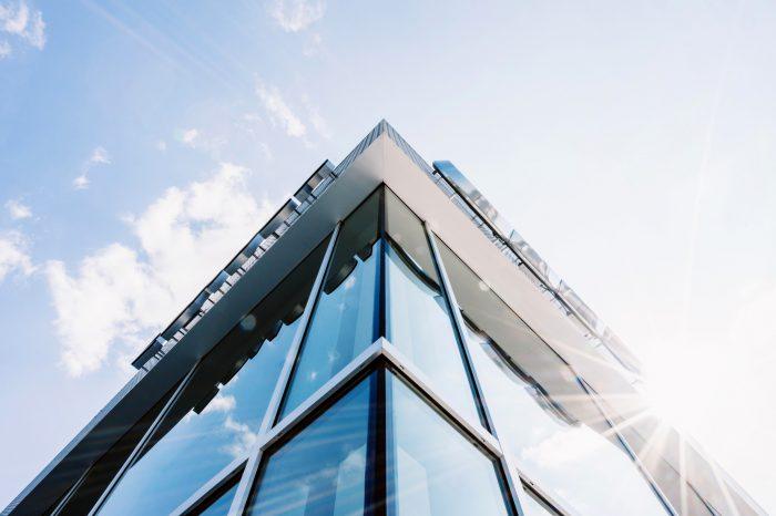 Sinersio Data Center z certyfikatem EN 50600 w najwyższej, czwartej klasie. Tylko wąskie grono firm w całej EU oferujących usługi chmurowe może poszczycić się certyfikatem na najwyższym poziomie.
