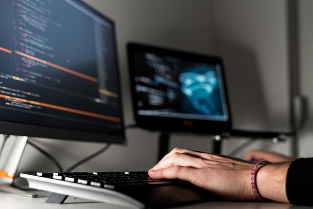 Ewolucja technologii będzie podstawą kolejnej fali migracji firm do chmury, zdaniem ekspertów Colt, apetyt na nowe technologie będzie napędzał projekty także po ustąpieniu pandemii.