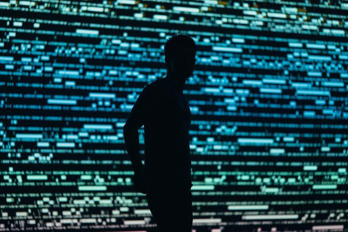 Czy w sieci dane o nas samych mogą zostać odnalezione i wykorzystane w niekorzystny sposób? Ile wie o nas Internet? Odpowiada ekspert w dziedzinie ochrony danych osobowych z ODO 24.