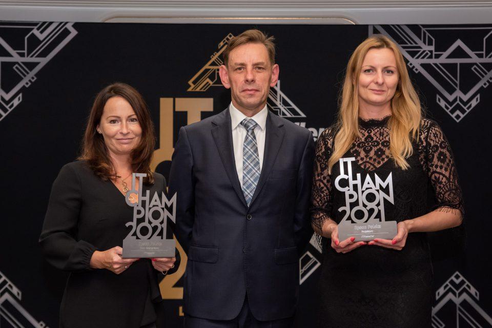 IT Champions 2021: Epson nagrodzony w dziedzinach druku atramentowego i projektorów. Firma świętuje 20-lecie w Polsce.