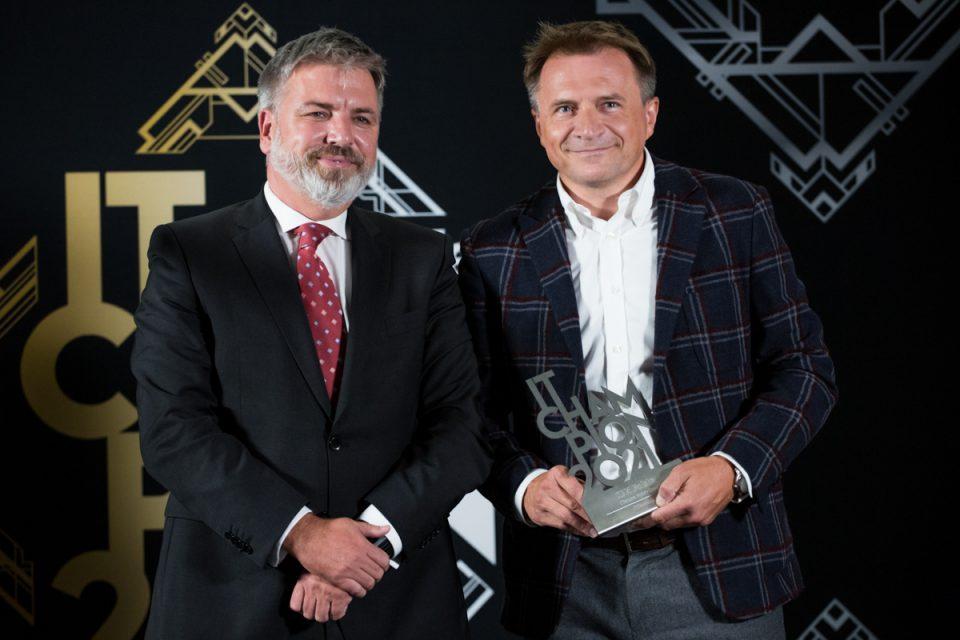 """IT Champions 2021: Jarosław Łukasiewicz, Vetasi: """"Mamy zaszczyt oferować na polskim rynku rozwiązania oparte na Maximo Application Suite"""""""