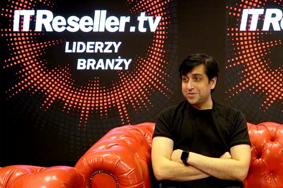 """""""Polska jest dla realme ekstremalnie istotnym rynkiem"""" - mówi w IT Reseller TV Madhav Sheth, wiceprezes realme, CEO na obszar Europy, Indii oraz Ameryki Łacińskiej."""